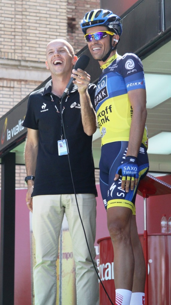 Bert has a laugh with Juan Mari at this year's Vuelta