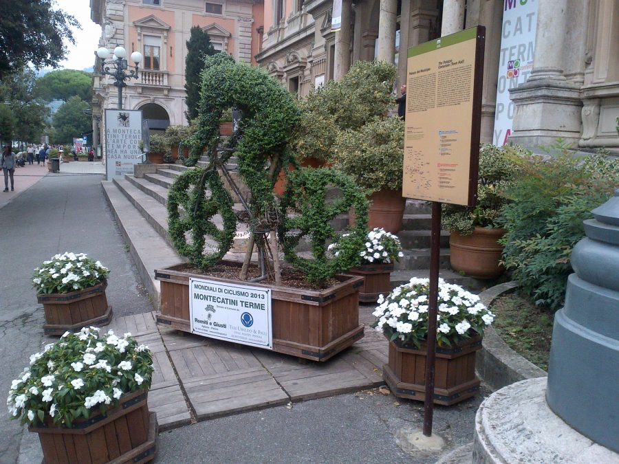 Italians really embrace and celebrate cycling