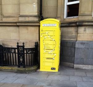 TdFyellowphoneboxa