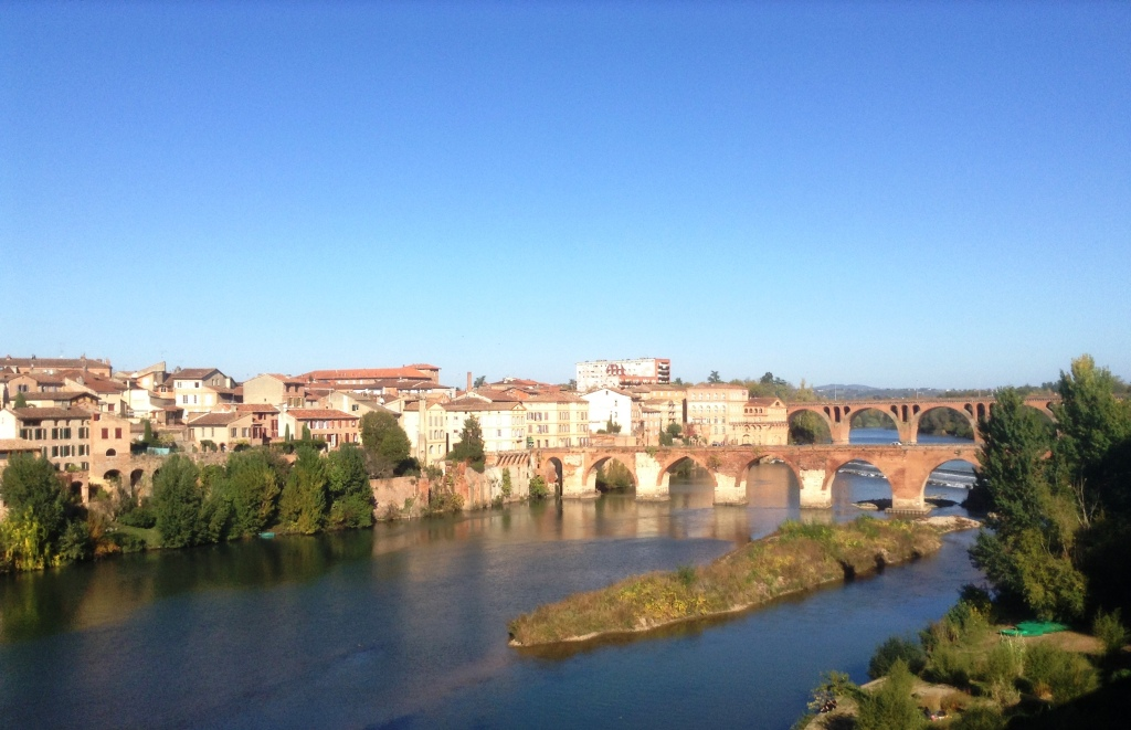 The rose coloured town of Albi on the banks of the river Tarn