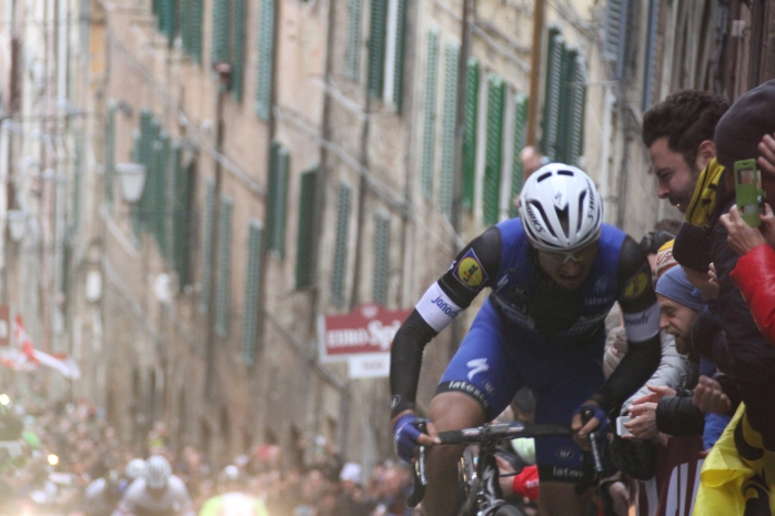 Gianluca Brambilla(Etixx-QuickStep) led up the hill