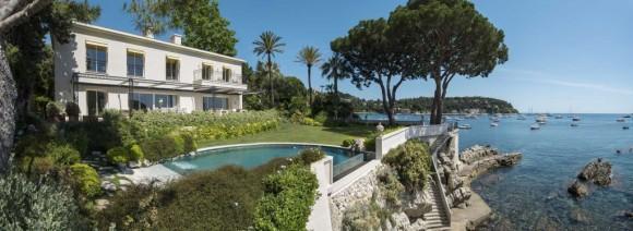 Luxury-villa-sea-front-on-the-cote-d-azur-1-1024x375