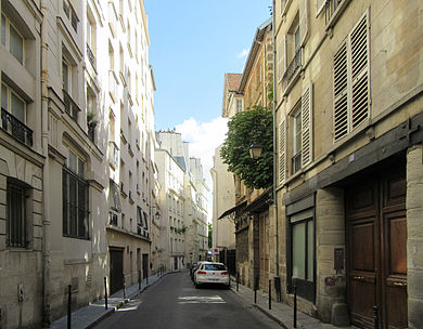 Rue_des_Ursins,_Paris_6_September_2015