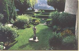 Gourdon garden 1
